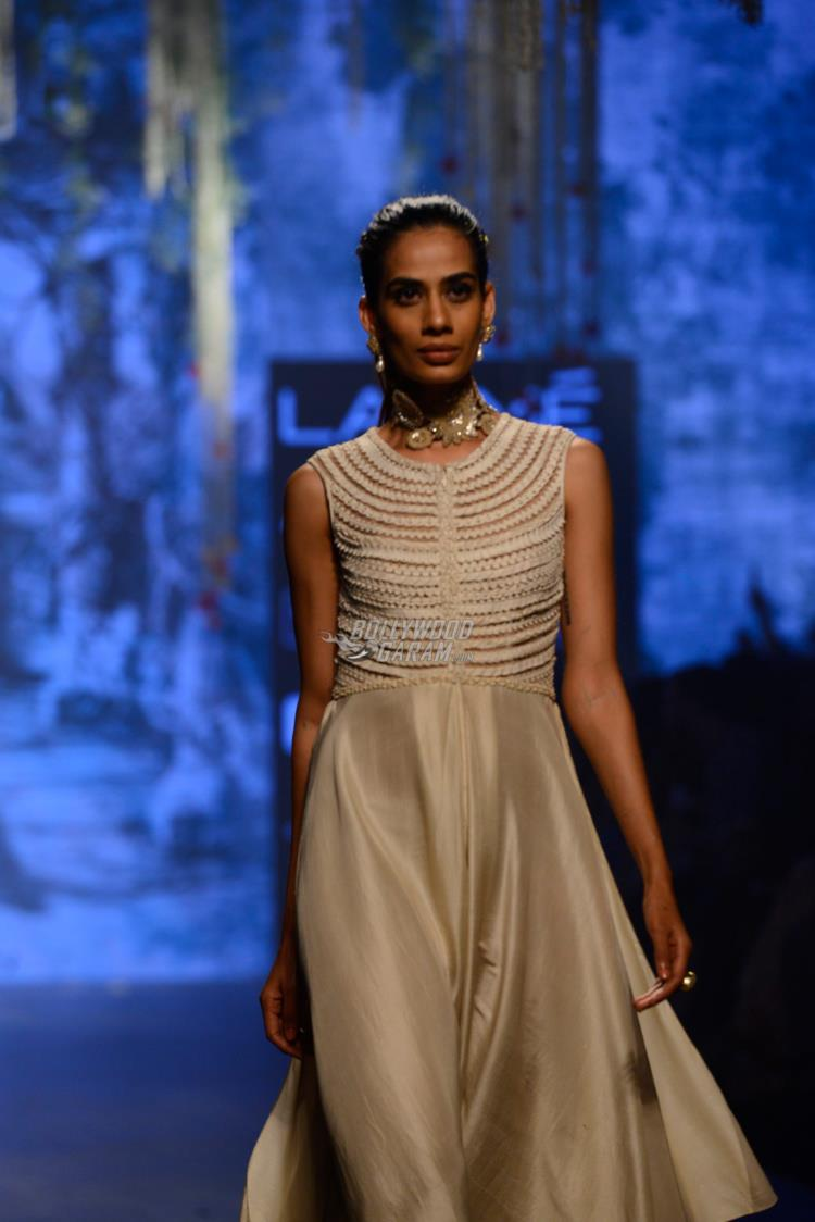Model walks the ramp for Tarun Tahiliani at LFW Summer/ Resort 2017