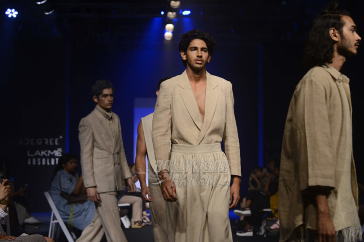 Lakme-Fashion-Week-2017-Anuj-Bhutani18