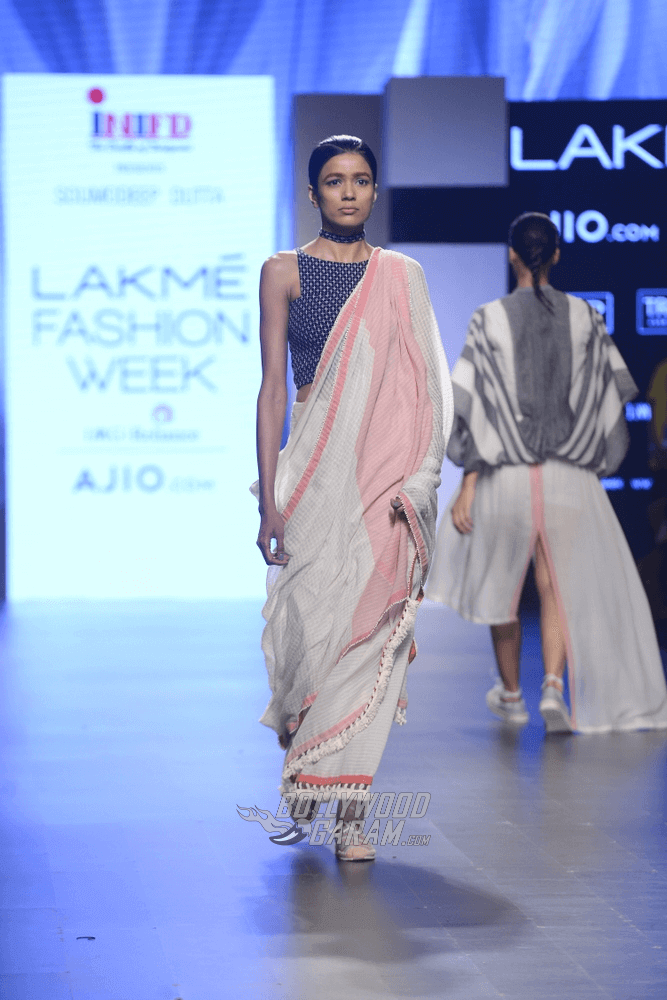 Lakme-fashion-week-2017-Soumodeep-Dutta-Collection-15 (1)