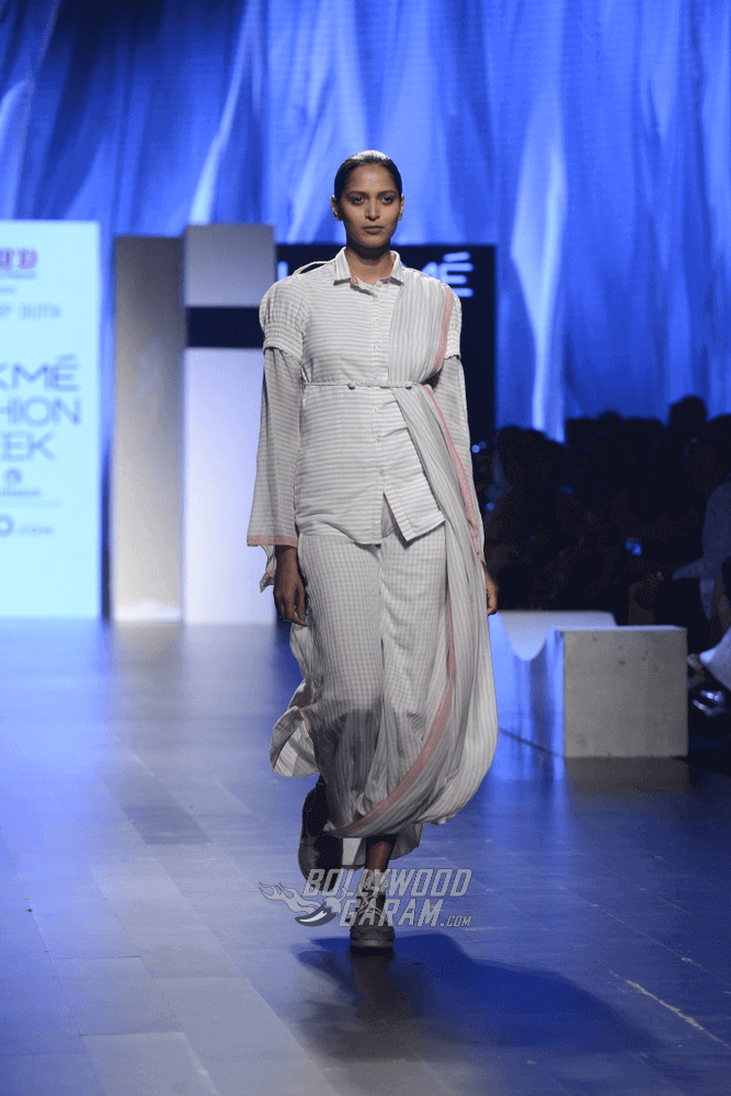 Lakme-fashion-week-2017-Soumodeep-Dutta-Collection-4 (1) (1)