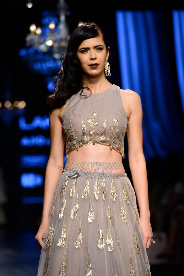 Model walks the ramp for Payal Singhal at LFW Summer/Resort 2017