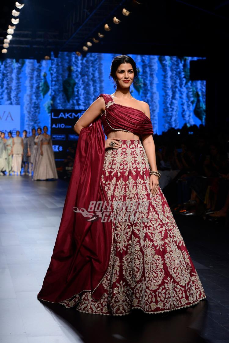 Nimrat Kaur dazzles on the ramp at Lakme Fashion Week Summer/Resort 2017 day 3