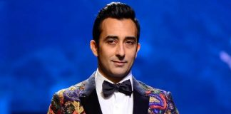 Lakme Fashion Week Summer/Resort 2017 Photos – Rahul Khanna walks the ramp for Narendra Kumar