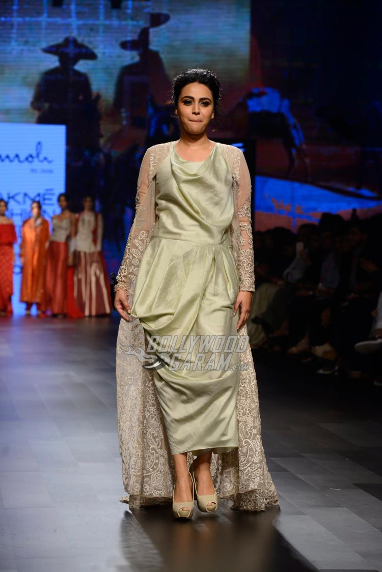Swara Bhaskar at Lakme Fashion Week Summer/Resort 2017