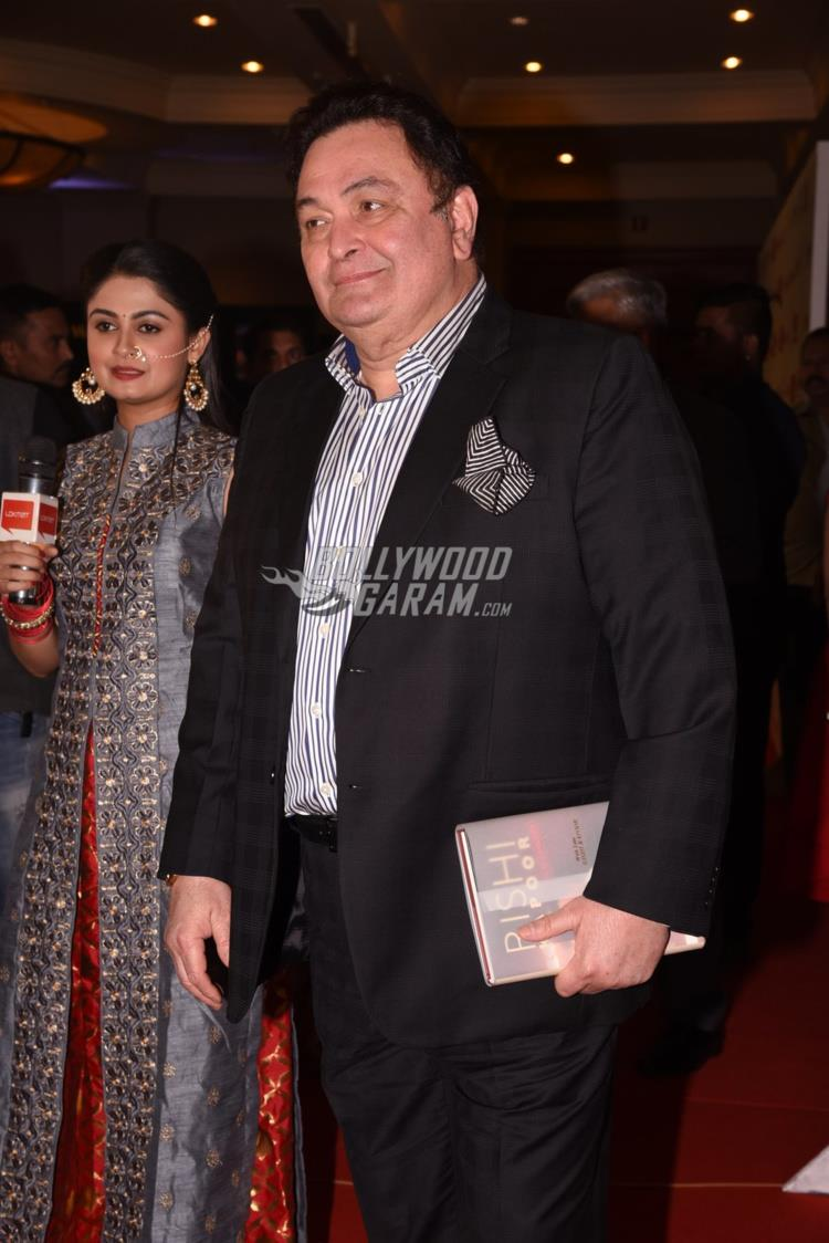 Rishi Kapoor at Maharashtra's Most Stylish Awards red carpet