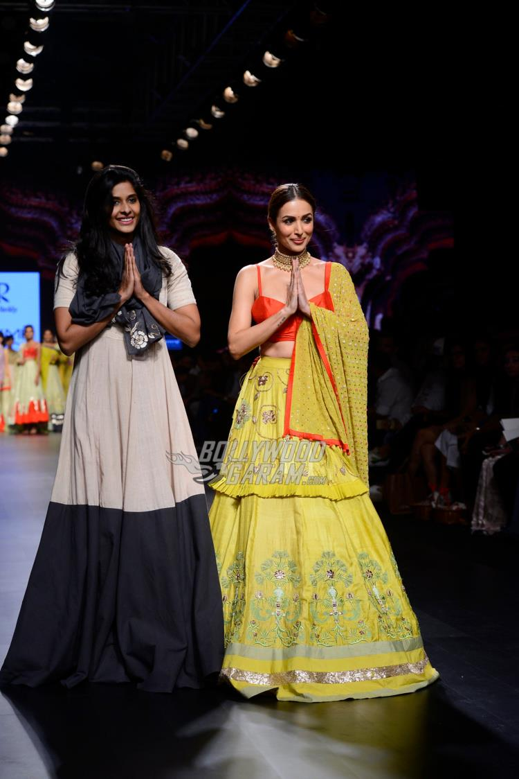 Divya Reddy and Malaika Arora at LFW Summer /Resort 2017