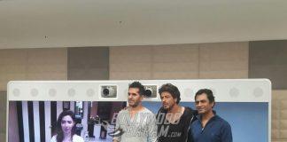 Shahrukh Khan and Nawazuddin Siddiqui celebrate Raees success with Mahira Khan