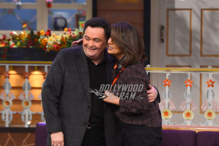 Rishi Kapoor and Neetu Singh share a lovely moment on The Kapil Sharma Show