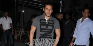 Salman Khan poses for cameras at Mehboob Studios
