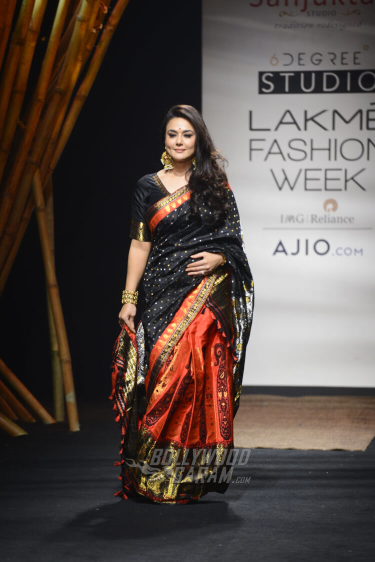 Sanjukta-Dutta-Lakme-Fashion-Week-2017-Priety-Zinta-3
