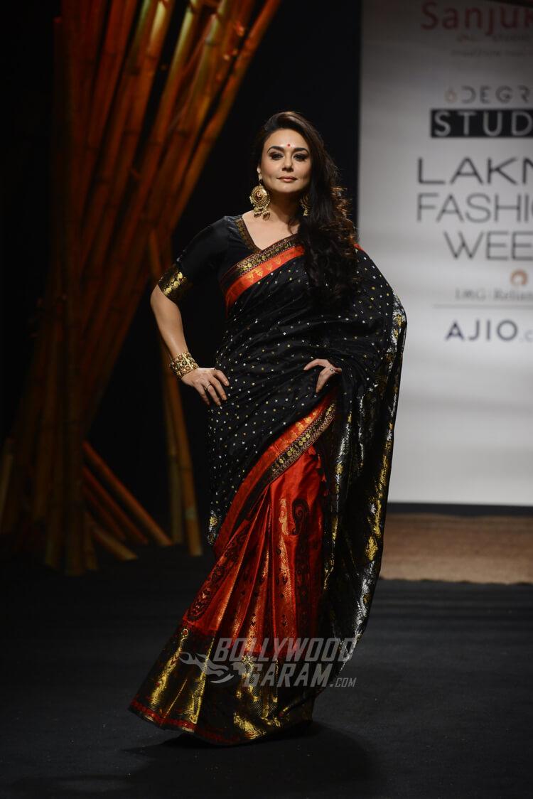 Sanjukta-Dutta-Lakme-Fashion-Week-2017-Priety-Zinta-6