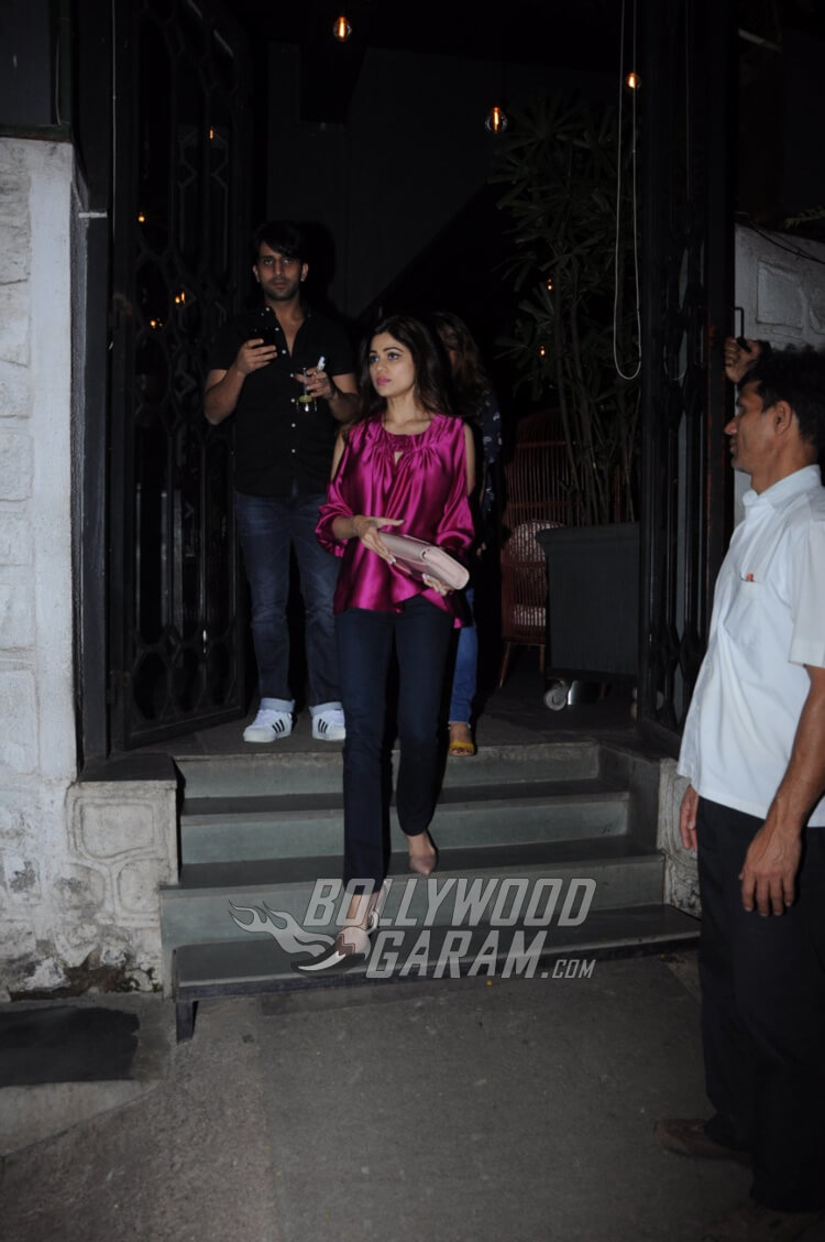 Shamita-Shetty-Korner-House-Photos-1