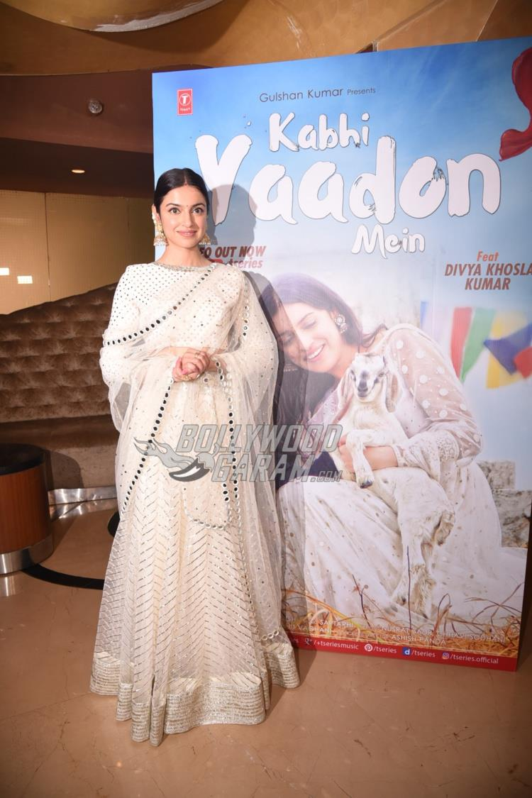 Divya Khosla at Kabhi Yaadon Mein song launch