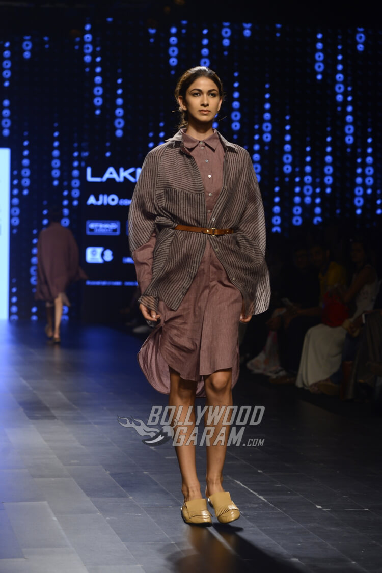 Urvashi-Kaur-Collection-Lakme-Fashion-Week-2017-10