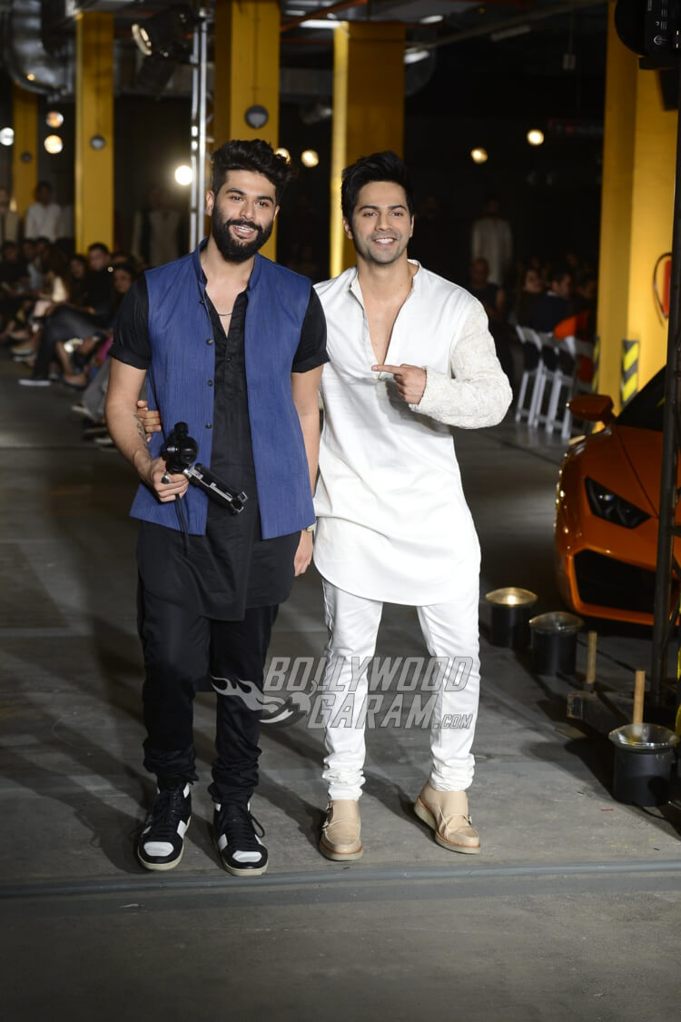 Varun-Dhawan-Kunal-Rawal-Lakme-Fashion-Week-201716