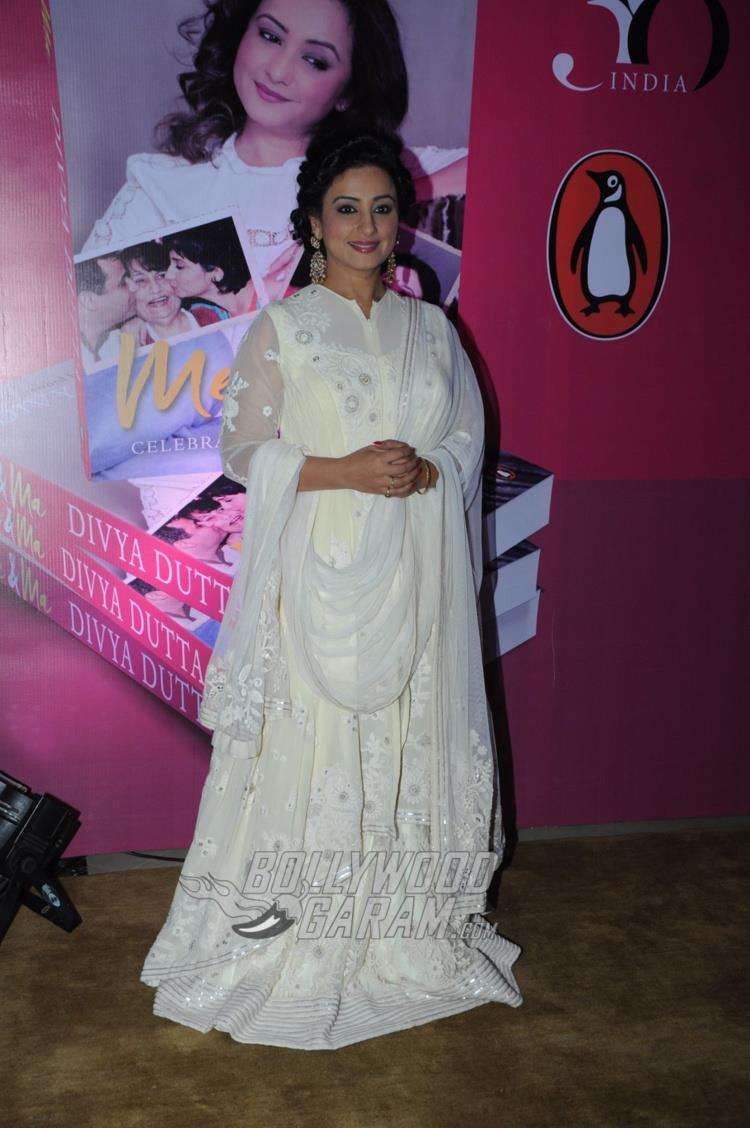 Divya Dutta at Me and Ma book launch event