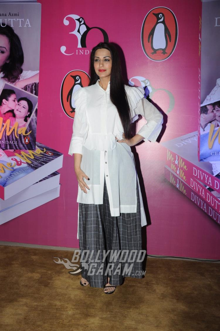 Sonali Bendre at Me and Ma book launch event