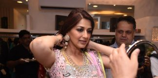 Sonali Bendre Launches Asal Collection for Gehna Jewellers