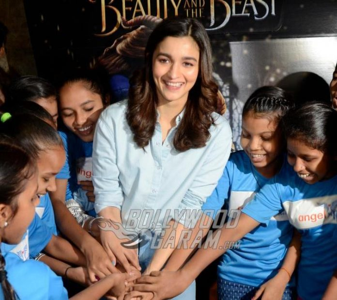 Alia Bhatt screening1