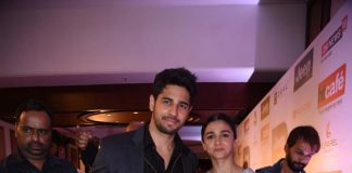 Sidharth Malhotra – Alia Bhatt walk hand in hand at HT Style Awards red carpet – Photos!