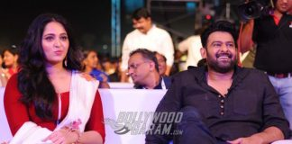 SS Rajamouli gifts Prabhas armour worn by Baahubali before Baahubali 2 release!