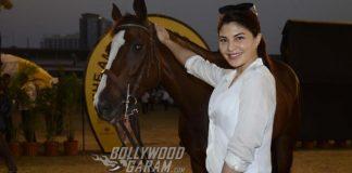 Jacqueline Fernandez goes horse riding at Mahalaxmi Race Course – Photos