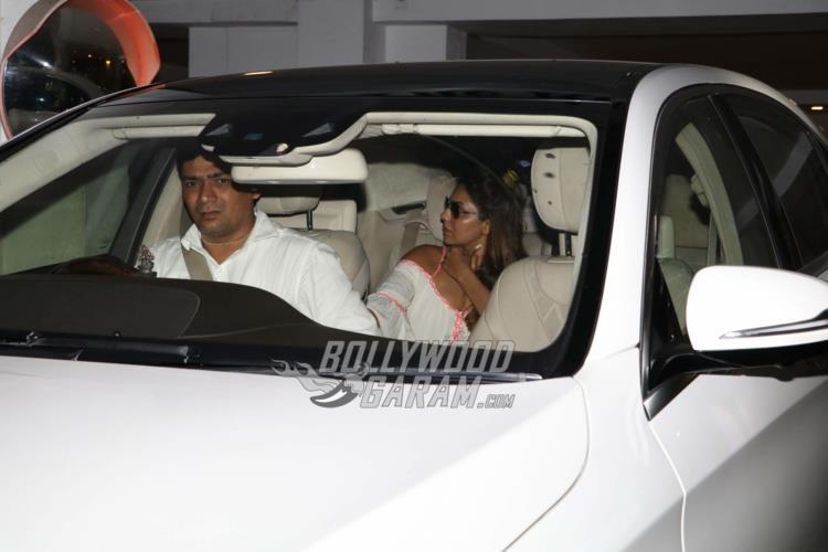 Gauri Khan visits Yash and Roohi