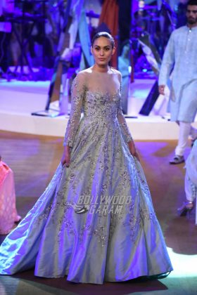 Manish-Malhotra-Mijwan-2017-Collection19