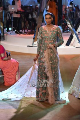 Manish-Malhotra-Mijwan-2017-Collection27