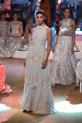 Manish-Malhotra-Mijwan-2017-Collection39