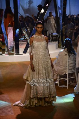 Manish-Malhotra-Mijwan-2017-Collection4
