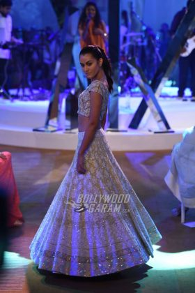 Manish-Malhotra-Mijwan-2017-Collection46