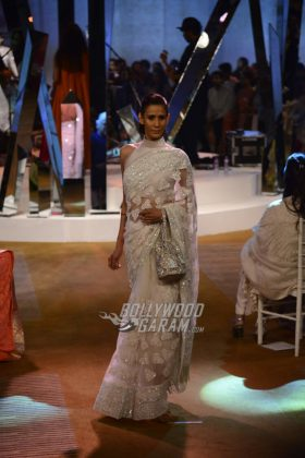 Manish-Malhotra-Mijwan-2017-Collection6
