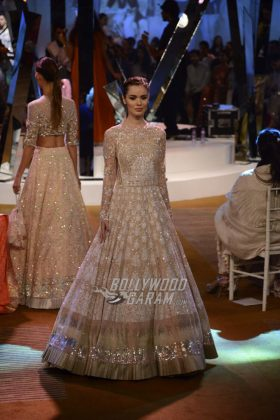 Manish-Malhotra-Mijwan-2017-Collection7