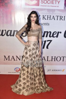 Mijwan-Summer-Collection-2017-Manish-Malhotra-26
