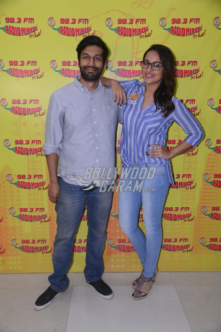Sonakshi Sinha and Kanan Gill promote Noor on Radio Mirchi