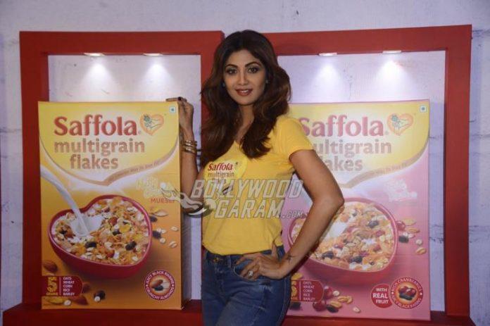 Shilpa saffola life2