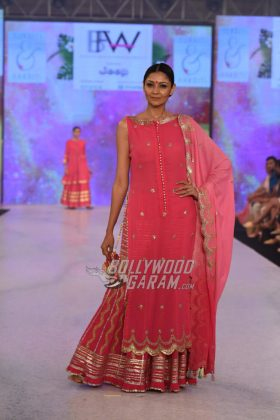 Sukriti-Akriti-Collection-IBFW-2017-3