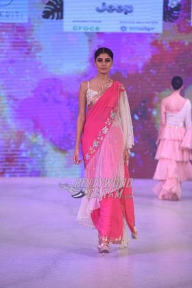 Sukriti-Akriti-Collection-IBFW-2017-6
