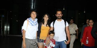 Aamir Khan spotted on a rare occasion with his whole family!