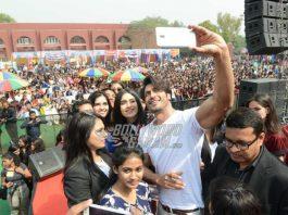 Adah Sharma and Vidyut Jamwal Promote Commando 2 at Delhi University – Photos!