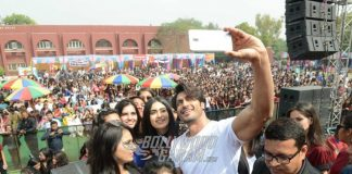Adah Sharma and Vidyut Jamwal Promote Commando 2 at Delhi University – Photos!
