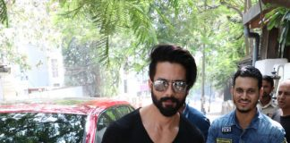 Shahid Kapoor spotted with celebrity hairstylist Aalim Hakim – Photos