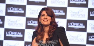 Twinkle Khanna Stuns at L'Oreal Professional Event
