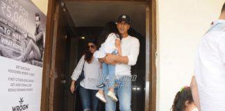 Akshay Kumar, Twinkle Khanna and Nitara on a casual family outing