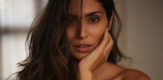 Bruna Abdullah posts a topless picture with poem, 'I'm a bitch' as it's caption!