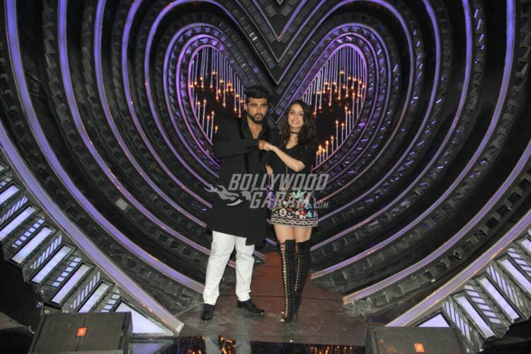 Arjun Kapoor and Shraddha Kapoor display breezy chemistry on Nach Baliye