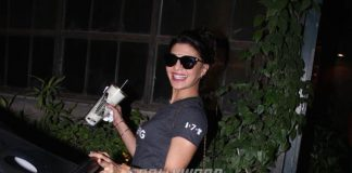 Photos – Jacqueline Fernandez spotted on solo outing at Pali Village Café