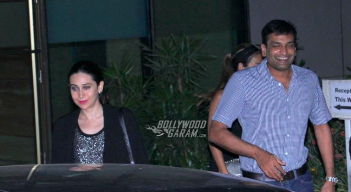 Karisma kapoor with beau4