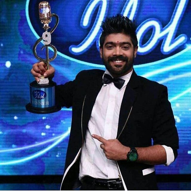 Revanth-Indian-idol-9-winner